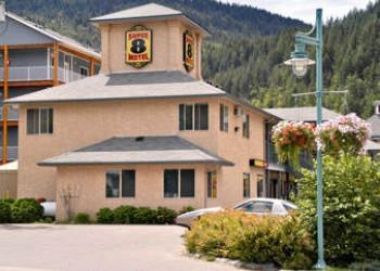 Super 8 Motel - Sicamous BC